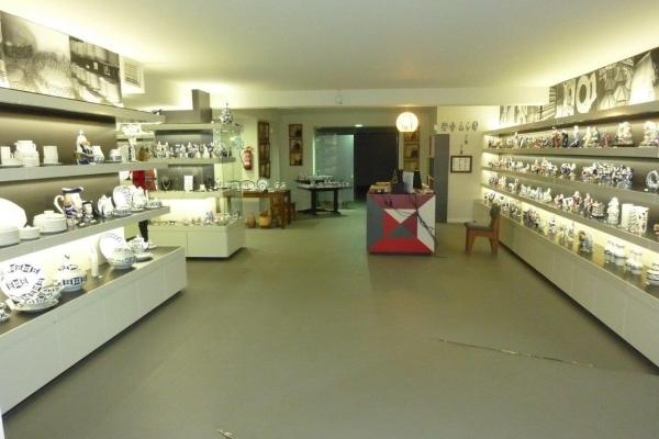 arquitectura-luvai-local-comercial-tienda-ceramica-p1210359ECA9A210-3222-3223-49A1-03CC20551364.jpg